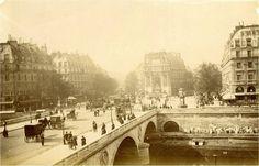 Paris, le pont et la place Saint-Michel, vers 1890.