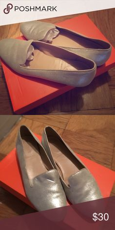 Jcrew silver flats Gently worn size 7.5 silver J Crew flats. Inner sole in excellent condition. Bottom sole gently worn. Heel in excellent condition Shoes Flats & Loafers