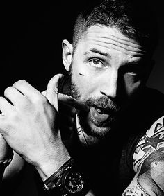 Tom Hardy! Oh how I luff this man!!!