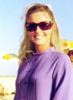Sharon Tate :) ~ cute, purple shirt, bow, sunglasses, actress