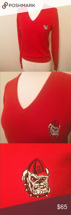 🍺 Vintage UGA Red Gameday Pullover Sweater Perfectly form-fitting UGA pullover for a fall gameday! Nicely stitched bulldog on left breast. Size M. Pristine condition, looks new ❤️ 100% acrylic. Vintage Sweaters V-Necks