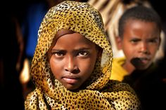 Serious Harari girl, walled town of Harar, Eastern Ethiopia (by Trevor Cole)