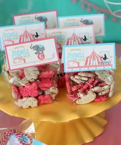 Party planning: Girl Circus Birthday party - I'm planning for a boy's circus party, but I like the gift bag toppers! Carnival Baby Showers, Circus Carnival Party, Circus Theme Party, Carnival Birthday Parties, First Birthday Parties, Circus Theme Classroom, Vintage Circus Party, Vintage Carnival, Carnival Party Favors