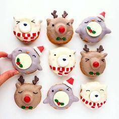 Cute Christmas donuts by Vickie Liu (@vickiee_yo)