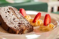 """La torta pere e cioccolato è un ricetta de """"La Locanda dei Buoni e Cattivi"""" di Cagliari.  #food #sardegna #sardinia #ricette #ricetta #foods #cibo #mangiare #cake #foodgasm #foodblog #foodblogger Dessert Recipes, Desserts, Meatloaf, French Toast, Fruit Cakes, Breakfast, Birthday, Food, Tailgate Desserts"""