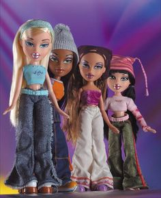 Bratz Doll Halloween Costume, Halloween Outfits, Halloween Inspo, Couple Halloween, Cartoon Outfits, Barbie, Bumblebee Halloween, Bratz Doll Outfits, Black Bratz Doll