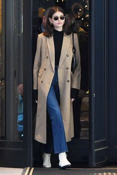 * (Kaia Gerber Steps Out in a Maxi Houndstooth Coat from Reformation) Target Clothes, Target Dresses, Kaia Gerber, Look Fashion, Winter Fashion, Fashion Outfits, 2000s Fashion, Runway Fashion, High Fashion