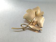 25% OFF CLEARANCE SALESigned Gold Filled 1940s Ecco Vintage Flower Brooch Lily Brooch  Stamped Gf Brooch. Vermeil Flower Brooch. (14.00 USD)