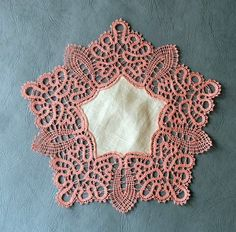 Mis trabajos             6 pairs     Idrija ?? Bobbin Lacemaking, Types Of Lace, Bobbin Lace Patterns, Lace Braid, Point Lace, White Embroidery, Needful Things, String Art, Doilies