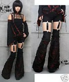 hairstyle looks beautiful and difeerent: Gothic Pants Clothing Hipster Outfits, Punk Outfits, Gothic Outfits, Fashion Outfits, Alternative Mode, Alternative Fashion, Goth Rave, Punk Rave, Punk Goth