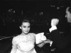 Audrey Hepburn and Mel Ferrer at the premiere of The Nun's Story at the City Theater in Amsterdam, October 01, 1959. gifs by rareaudreyhepburn Blog Favorites (105)