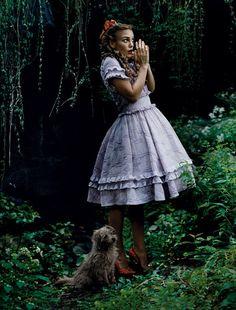 bohemea:  Keira Knightley - Vogue by Annie Leibovitz, December 2005