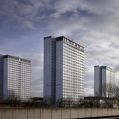At a special event held at the London School of Economics and Political Science (LSE), LSE Housing and Communities, in partnership with ROCKWOOL, launched High Rise Hope Revisited, a new report examining the social implications of whole building energy efficiency refurbishments in residential tower blocks.