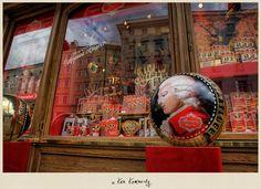 Delicious chocolate Mozartkugeln in Salzburg - Photo © Ken Kaminesky   #Chocolates #Photography  