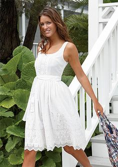 What a cute dress for engagement pictures (for day before wedding photoshoot) Day Dresses, Cute Dresses, Summer Dresses, Dresses For Engagement Pictures, Country Concert Outfit, Concert Outfits, White Eyelet Dress, White Sundress Wedding, Lace Wedding