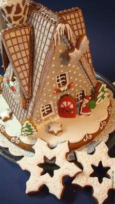 """Купить пряничный домик """" Веселое рождество"""" - Новый Год, рождество, пряничный домик Gingerbread Dough, Gingerbread Crafts, Gingerbread Decorations, Christmas Gingerbread House, Christmas Treats, Holiday Treats, Christmas Cookies, Gingerbread Houses, Very Merry Christmas"""