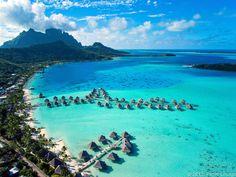 InterContinental Bora Bora le Moana Resort seen from a kite Tahiti, Bora Bora Island, Places To Travel, Places To Visit, Destinations, Overwater Bungalows, Voyage Europe, Lesage, Blog Voyage