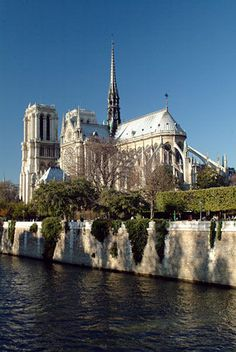 paris france - love the trip down the Seine and viewing all the wonderful architecture, especially Notre Dame Cathedral