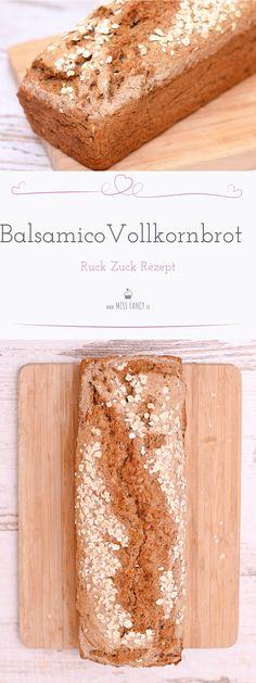 Ein schnelles gesundes Balsamico Vollkornbrot selber machen? Hier zeige ich dir ein Rezept wie es ohne viel Aufwand gebacken wird.