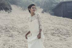Robe de mariée boheme sur la plage - Laure de Sagazan robe de mariee top Attar face 2014 - La Fiancée du Panda Blog Mariage & Lifestyle