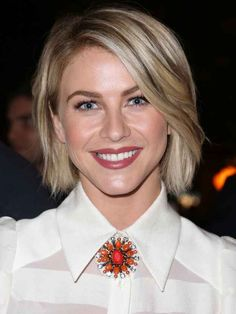 Julianne Hough   24 Celebrity Bobs That Will Make You Wish You Had Shorter Hair