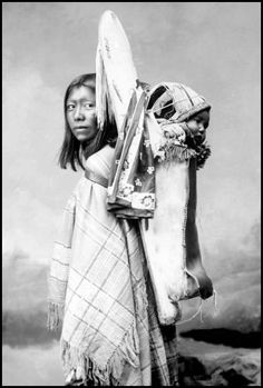 Ra-De-Da, a Ute woman and her baby, Pio Pinos. Photo taken 1899.
