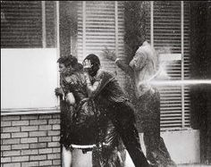 Alabama Fire Department Aims High-Pressure Water Hoses at Civil Rights Demonstrators. Collection of the Smithsonian National Museum of African American History and Culture, © Charles Moore. Us History, History Books, History Channel, History Icon, History Education, Life Magazine, Magazine Photos, Magazine Covers, Martin Luther King