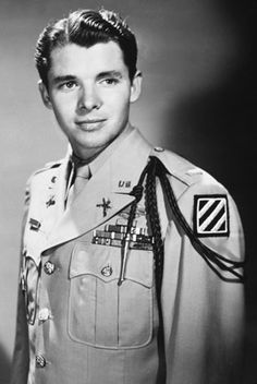 the life of service of audie murphy Audie murphy was the most decorated american combat soldier of the war he was awarded every american medal for bravery and several foreign awards his medals include: the medal of honor, distinguished service cross, silver star with first oak leaf cluster, legion of merit, bronze star medal with.