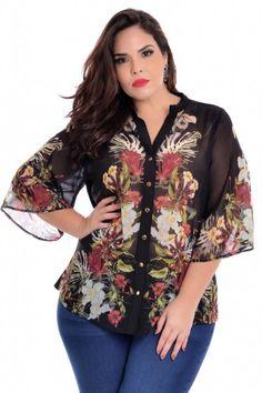 Camisa com botões e tecido leve