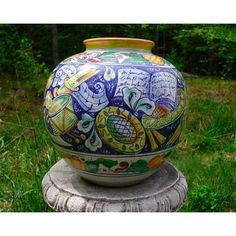 Bonechi Imports - Tuscan Vase of Music from Chianti- A handcrafted and hand-painted celebration of the art of music on Italian majolica pottery