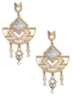 We named this knockout style after silent film star Theda Bara. Like her, these earrings are femme-fatale fabulous and, with the glittering crystals and gold, exude a stunning Art Deco vibe.