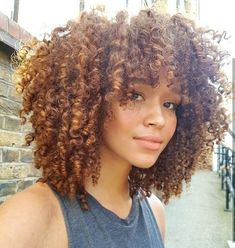 Grace Fantasy Hair - Fashion Ombre Blonde Synthetic Lace Front Wig Heat Resistant Hair Afro Kinky Curly Women Wigs You ar - Short Curly Hair, Curly Hair Styles, Natural Hair Styles, Curly Bangs, Curly Afro, Curly Hair Fringe, Updo Curly, Ombre Curly Hair, Brown Curly Hair