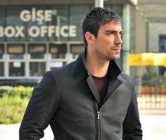 Lovely Eyes, Secret Love, Turkish Actors, Best Actor, Gq, How To Look Better, Sexy, American Eagle Outfitters, Eye Candy