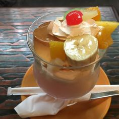 Kikusui-Fancy 菊水ファンシー #cafe #喫茶店 #甘党喫茶菊水 #天神橋筋商店街 #Osaka #大阪 #parfait #パフェ #sundae #サンデー #pudding #プリン #banana #バナナ #kiwi #キウイ #cream #クリーム #soda #ソーダ #menubook #メニュー #signboard #看板 #snack #おやつ #break #休憩 #coffee #ホットコーヒー