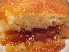 Pouding chômeur au sirop d'érable http://www.recettes.qc.ca/recette/pouding-chomeur-au-sirop-d-erable #recettesduqc #dessert #erable