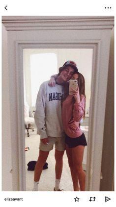 Pin by ✰ alexis anne ✰ on lovey dovey 3 kär, kärlek, killar Cute Couples Photos, Cute Couple Pictures, Cute Couples Goals, Cute Photos, Couple Pics, Couple Things, Couple Ideas, Couple Stuff, Couple Quotes