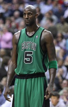 d422ce75da5 r/todayilearned - TIL in 1994 NBA basketball player, Kevin Garnett, was one  of four people charged with second-degree lynching for a fight in which a  white ...