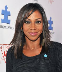Holly Robinson Peete looked sassy with her wispy layers at the Autism Speaks' Blue Jean Ball.