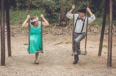 Bodas de ouro: olhar do casal no balanço