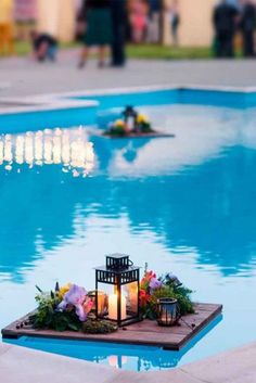 21 Wedding Pool Party Decoration Ideas For Your Backyard Wedding - Pool Decor Ideas For Your Backyard Wedding ★ See more: www. Pool Candles, Floating Candles Wedding, Floating Lights, Pool Wedding Decorations, Wedding Centerpieces, Floating Pool Decorations, Decor Wedding, Havanna Party, Backyard Wedding Pool