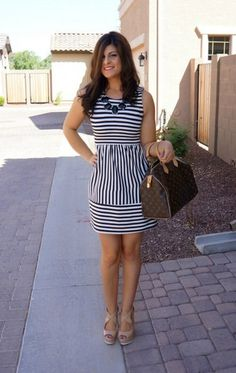 Moda elegante fashion vestidos ideas for 2019 Cute Dresses, Dresses For Work, Summer Dresses, Cardigan Beige, Dress Outfits, Fashion Dresses, Striped Dress Outfit, Dress Attire, Stripe Dress