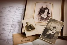 New to researching your family tree? Try this step by step introduction to family tree research and learn more about your ancestors and your roots. Family tree research is easy and fun! Genealogy Websites, Genealogy Forms, Genealogy Research, Family Genealogy, Free Genealogy, Family Tree Research, Family Tree Chart, Free Family Tree, Your Family
