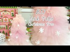 Would you like to make a pink fluffy Christmas tree? You can handle a needle and thread for simple projects, but don't like sewing? Then have a look at this tutorial on how to make a no-sew tulle Christmas tree. Tulle Christmas Trees, Christmas Tree Pattern, Nutcracker Christmas, Christmas Tree Themes, Noel Christmas, Holiday Tree, Pink Christmas, Xmas Tree, Vintage Christmas