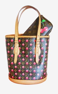 I loved the cherry bags. It was one of the few times I liked the Vitton signature bags.