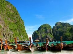 This photo shows the boats you can rent to make it to Maya Bay.