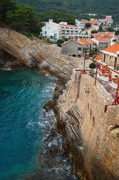 Petrovac, Montenegro .... Book & Visit MONTENEGRO now via www.nemoholiday.com or as alternative you can use montenegro.superpobyt.com... For more option visit holiday.superpobyt.com ...