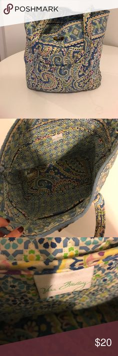 Vera Bradley Tote Vera Bradley blue printed Tote. Vera Bradley Bags Totes