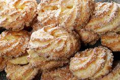 Uma delícia!!!!  Aprenda a fazer Receita de biscoito Samanta ,  choux pastry, delicious and magic. Ou compre na Padaria Popular na Barroso, em Pelotas. Saíam nas quartas-feiras à tardinha.                                                                                                                                                                                 Mais