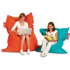 Choose Demco for all your library supplies! Enjoy superior customer service & more than products including security labels, book carts and library furniture. Teen Library Space, School Library Design, Library Ideas, Soft Seating, Lounge Seating, Seating Plan Template, Classroom Seating Arrangements, Writing Studio, Modern Classroom