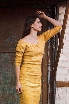 Felted dress / Платья ручной работы. Ярмарка Мастеров - ручная работа. Купить Платье-футляр Antique Gold. Handmade. Золотой цвет